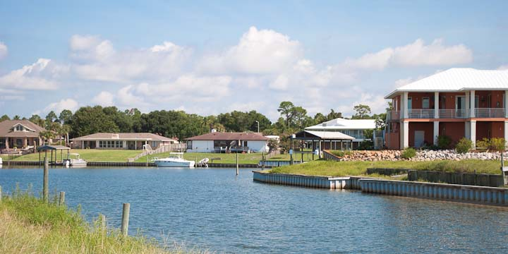 SW Pensacola Waterfront Homes