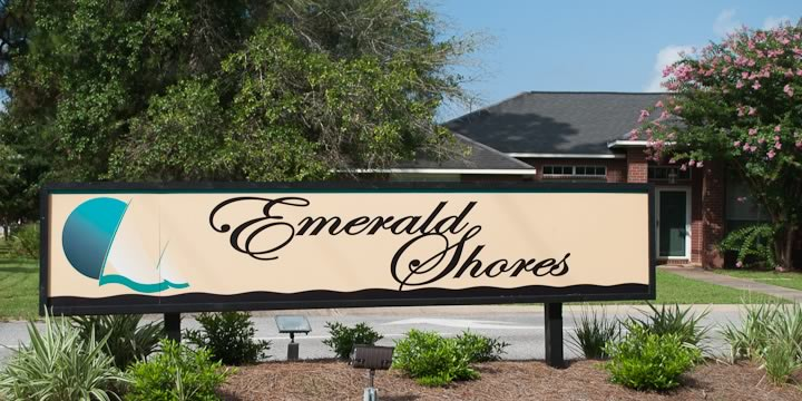 Entrence to Emerald Shores Estates in SW Pensacola