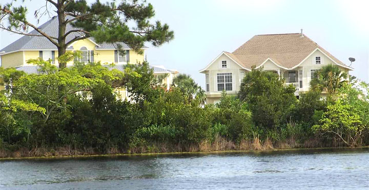 Lake Homes for Sale in Grande Lagoon
