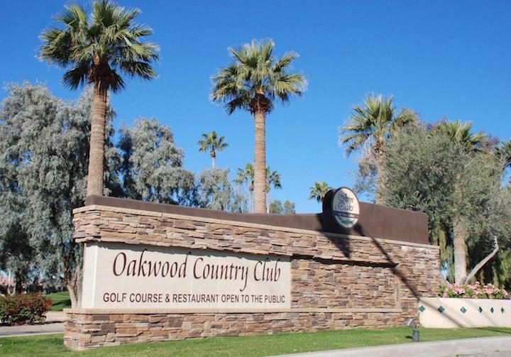 Oakwood CC Sign