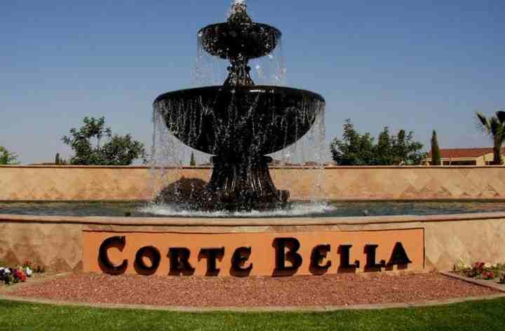 Corte Bella Sign