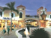 Shopping mall Bonita Springs