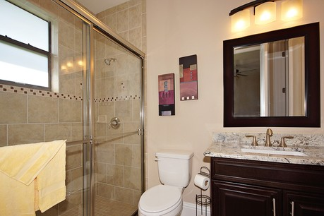 guest bathroom pinnacle building solutions