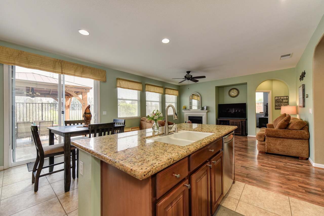 1488 Snapdragon Ln, Roseville, Ca. 95747 | For Sale