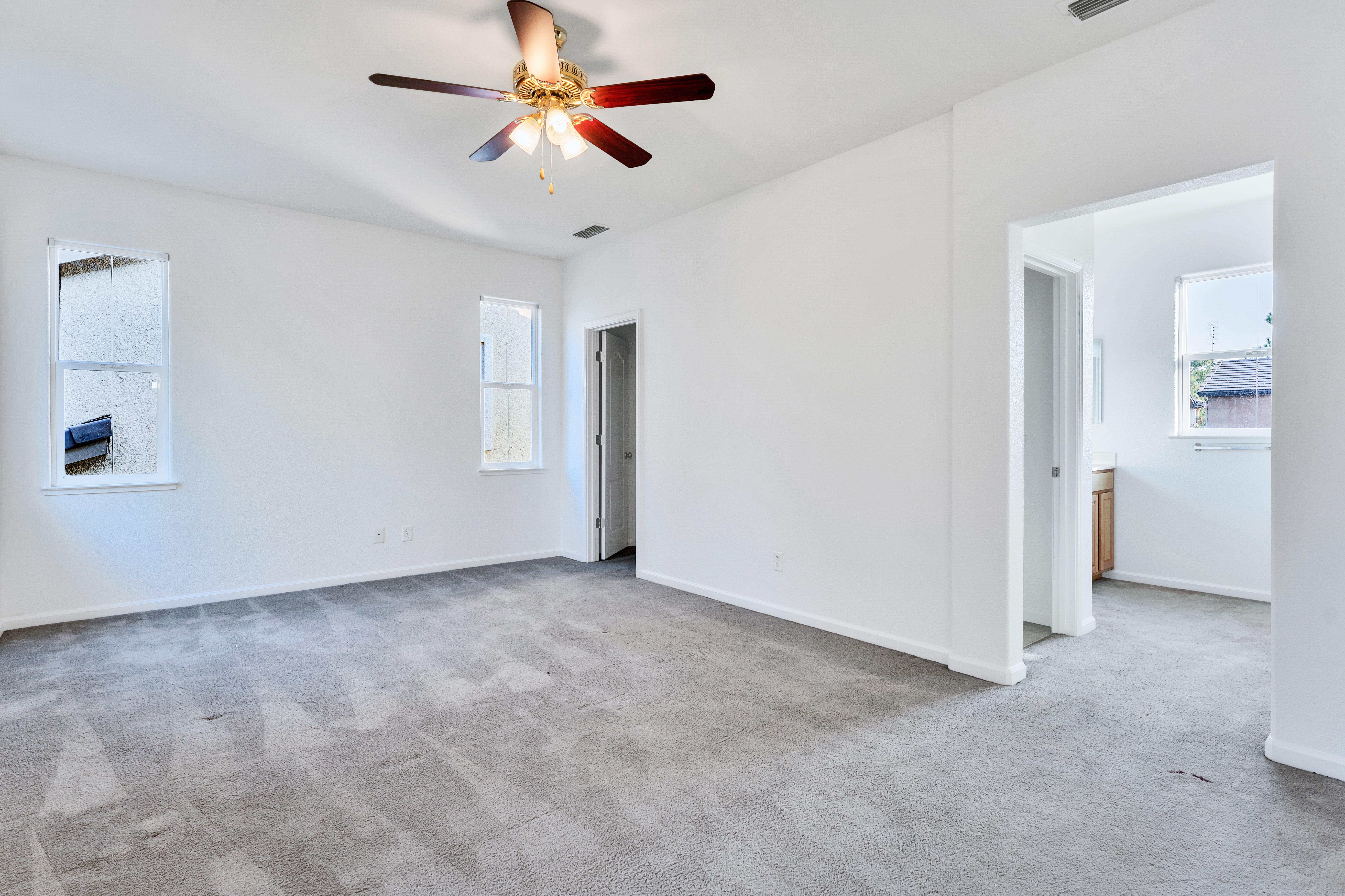 Master Bedroom of 17 Narwal Place, Sacramento, Ca 95835