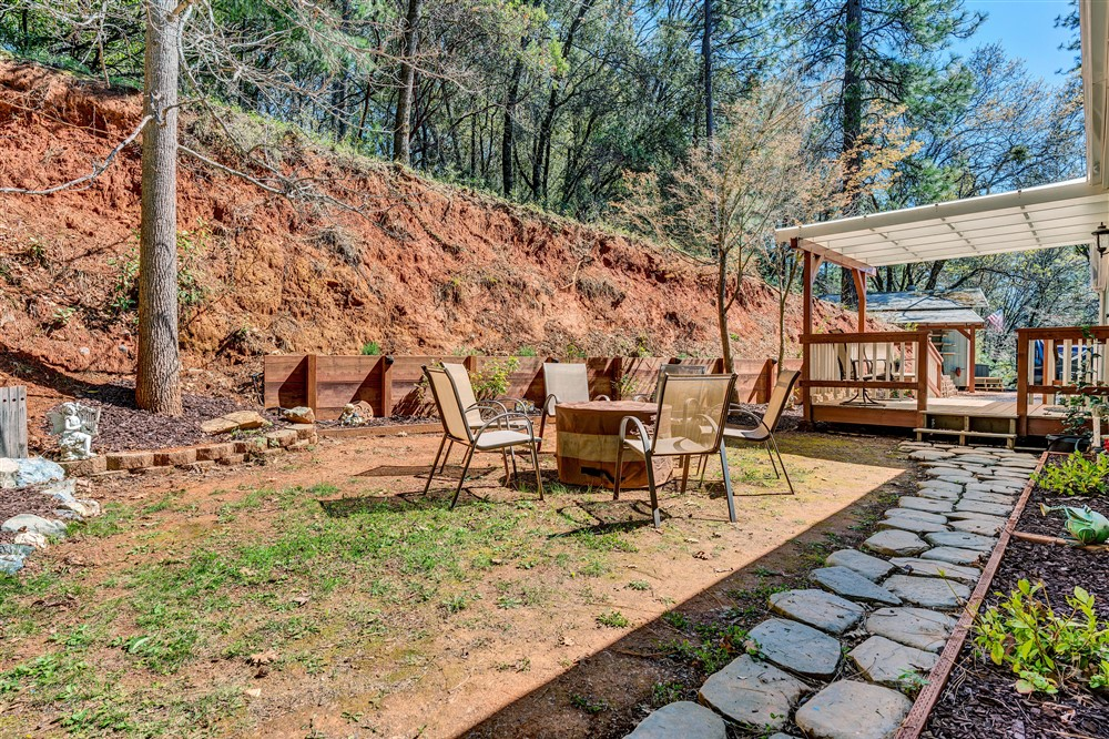 21770 Old Miners Rd, Foresthill, Ca | Backyard | Foresthill Real Estate Agent