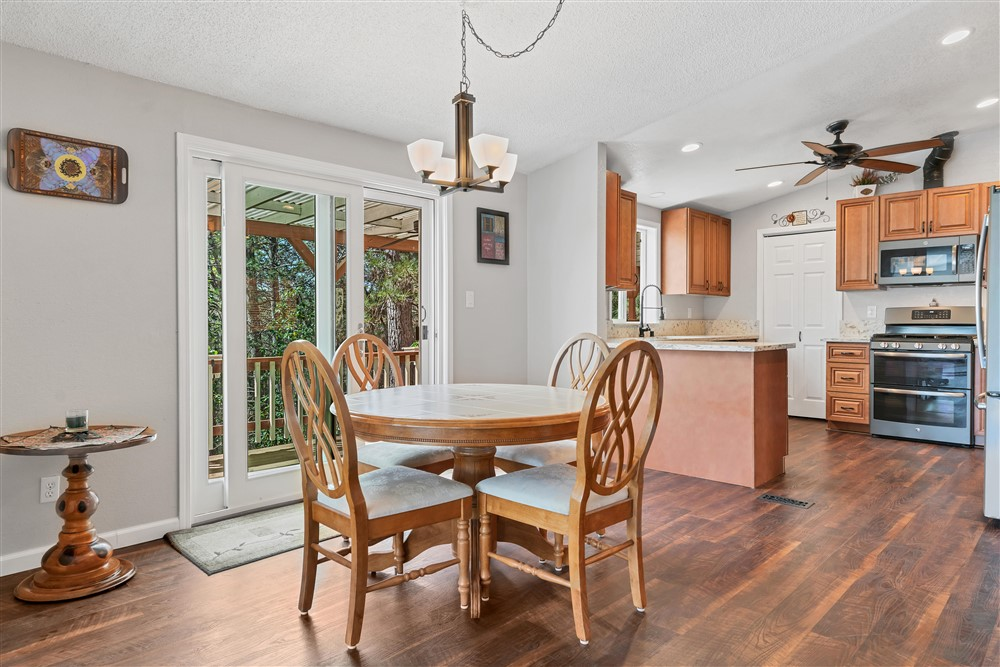 21770 Old Miners Rd, Foresthill, Ca | Dining Area | Foresthill Real Estate Agent