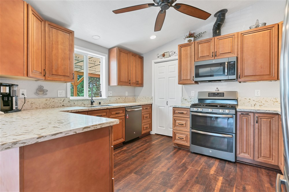 21770 Old Miners Rd, Foresthill, Ca | Kitchen | Foresthill Real Estate Agent