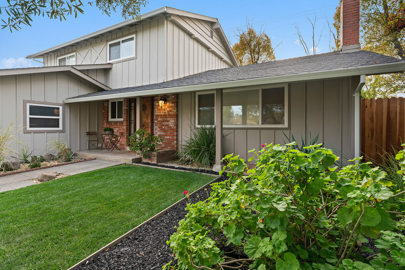 Front of home at 6235 Everest Way, Sacramento, Ca 95842
