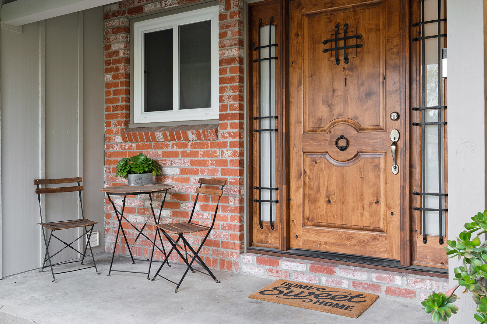 Front porch at 6235 Everest Way, Sacramento, Ca.