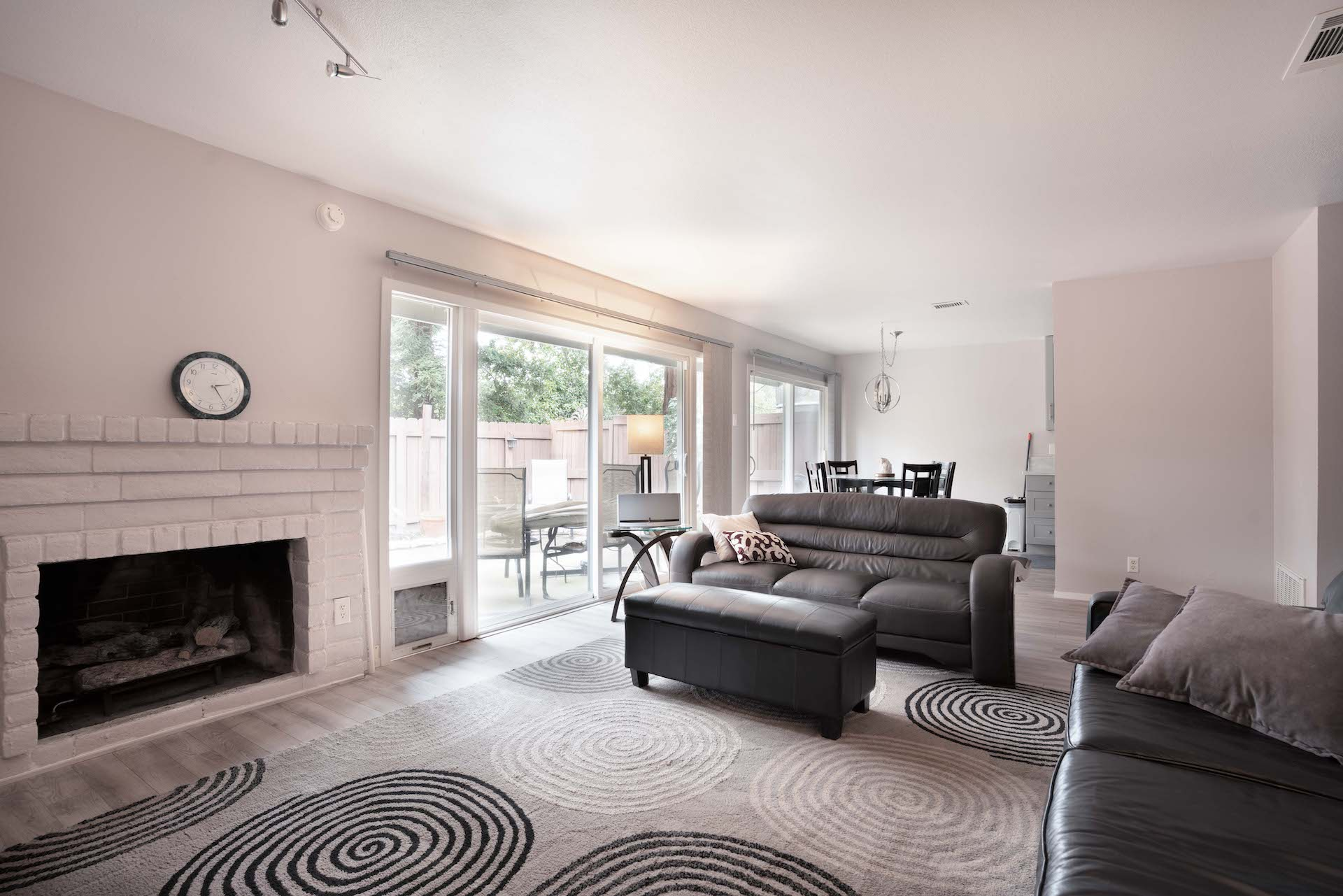 7033 La Costa Ln, Citrus Heights, Ca | Living Room | Citrus Heights Real Estate Agent