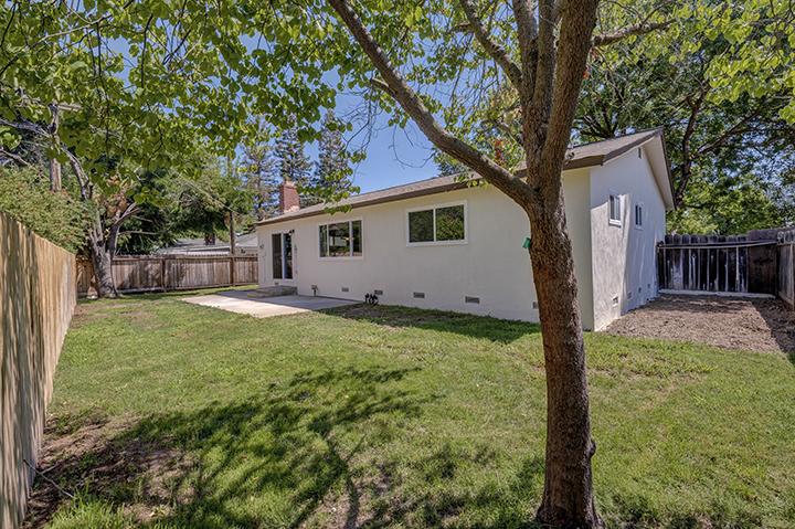 7325 Candlelight Way Backyard | Keller Williams Realty Citrus Heights California