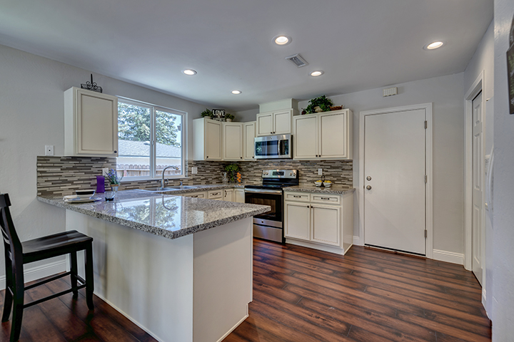 Citrus Heights California real estate agent Jesse Coffey | 7325 Candlelight Way Kitchen