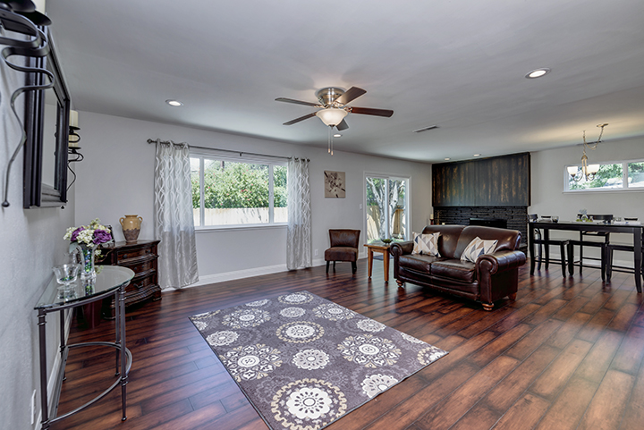 7325 Candlelight Way Living Room | Realtor in Citrus Heights California
