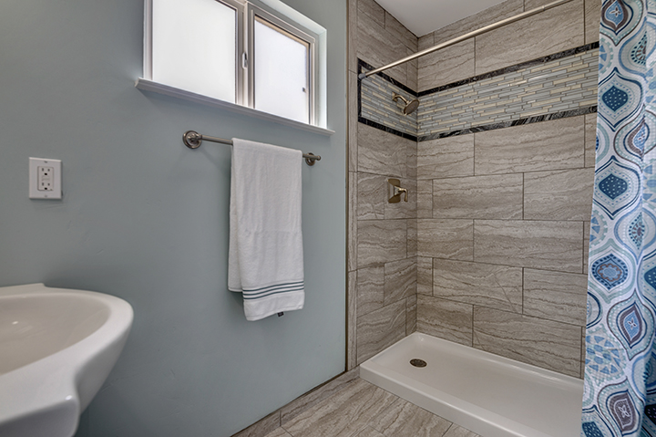 7325 Candlelight Way Master Bathroom Shower | Realtor in Citrus Heights California
