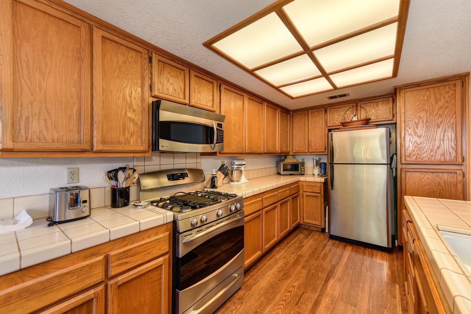 9158 Old Creek Rd kitchen | Keller Williams Realty Elk Grove California