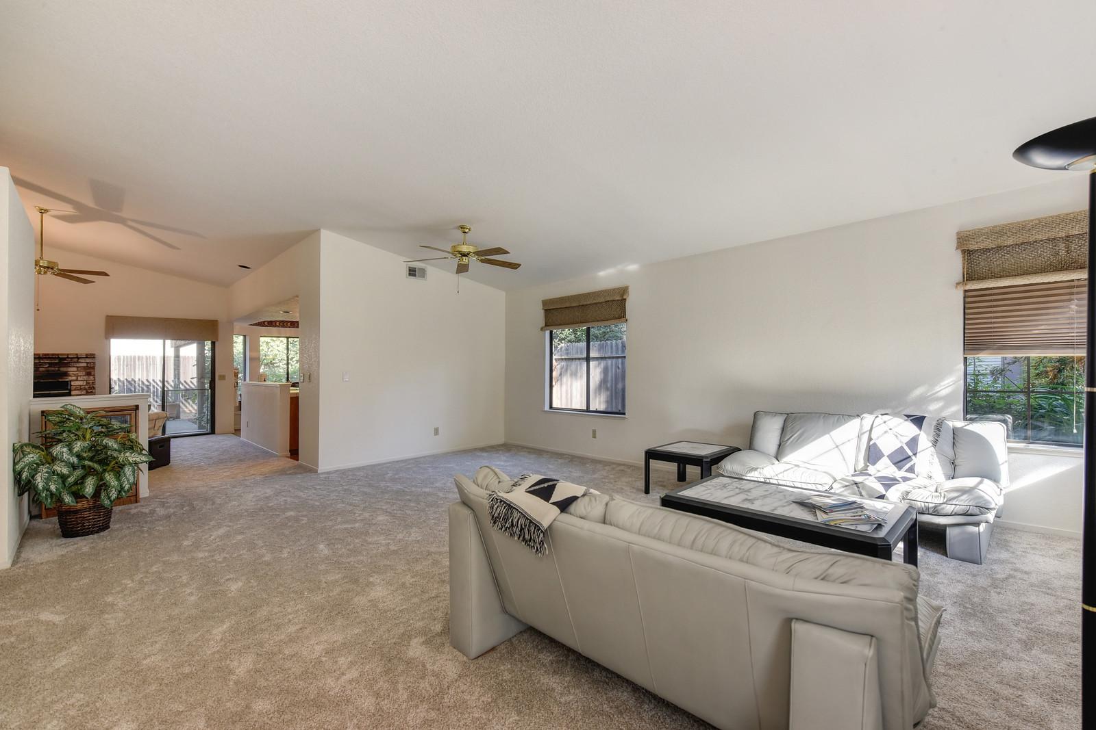 9158 Old Creek Dr Living Room | Realtor in Elk Grove California