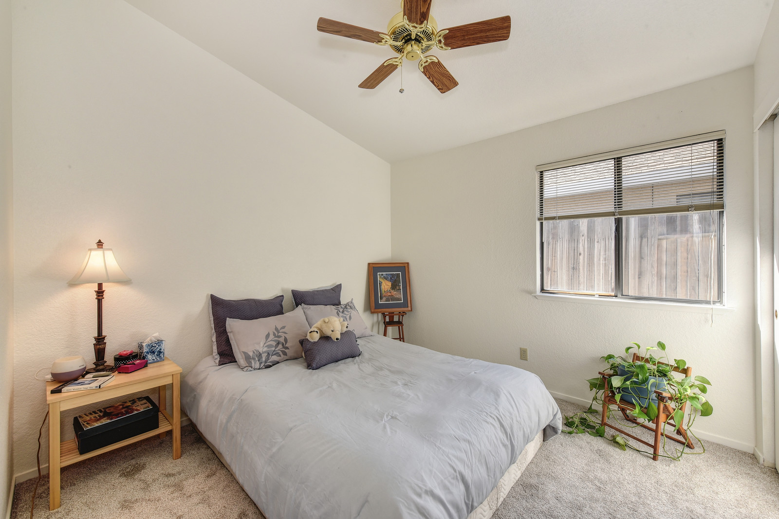 Third bedroom 9158 Old Creek Dr | Listed by Jesse Coffey with Keller Williams Realty