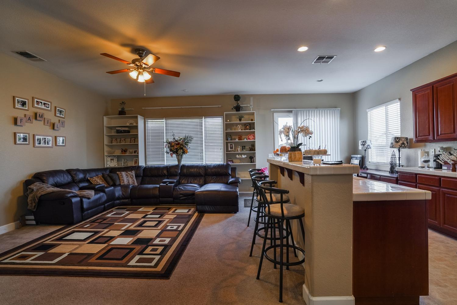 Plumas Lake California home buyer real estate agent.