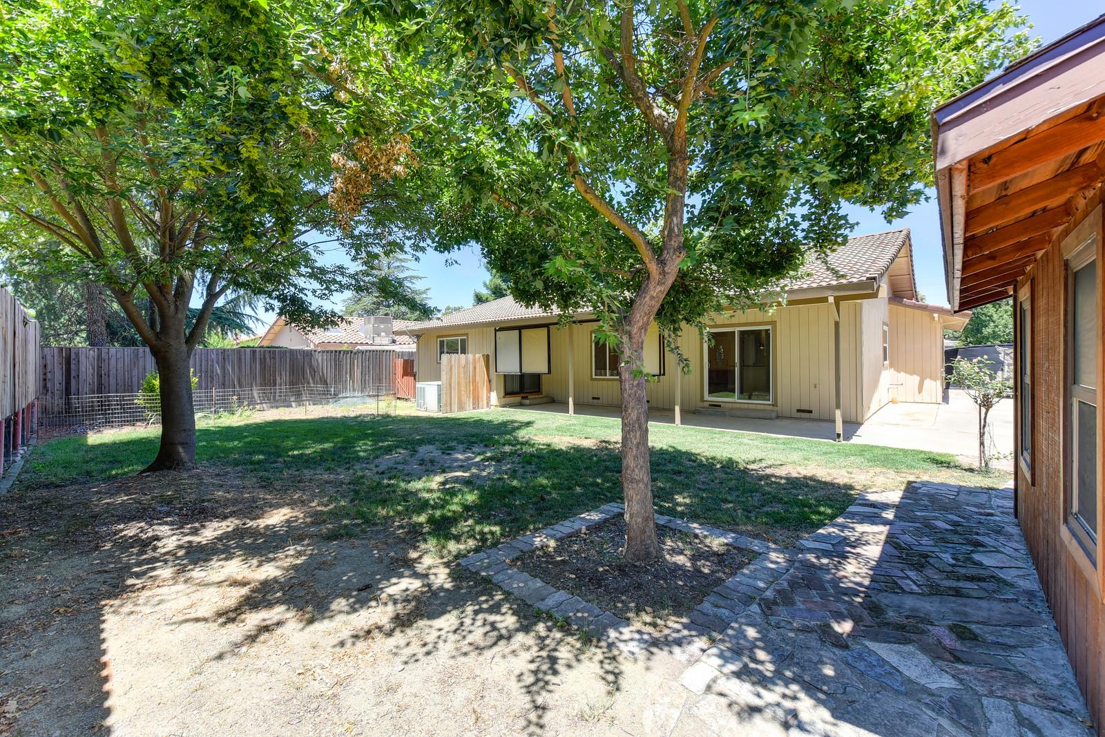 Backyard at 5342 Nyoda Way Carmichael California | Carmichael Real Estate Agent