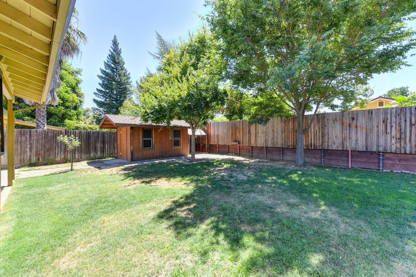 Backyard at 5342 Nyoda Way Carmichael California | Listed by Jesse Coffey with Keller Williams Realty