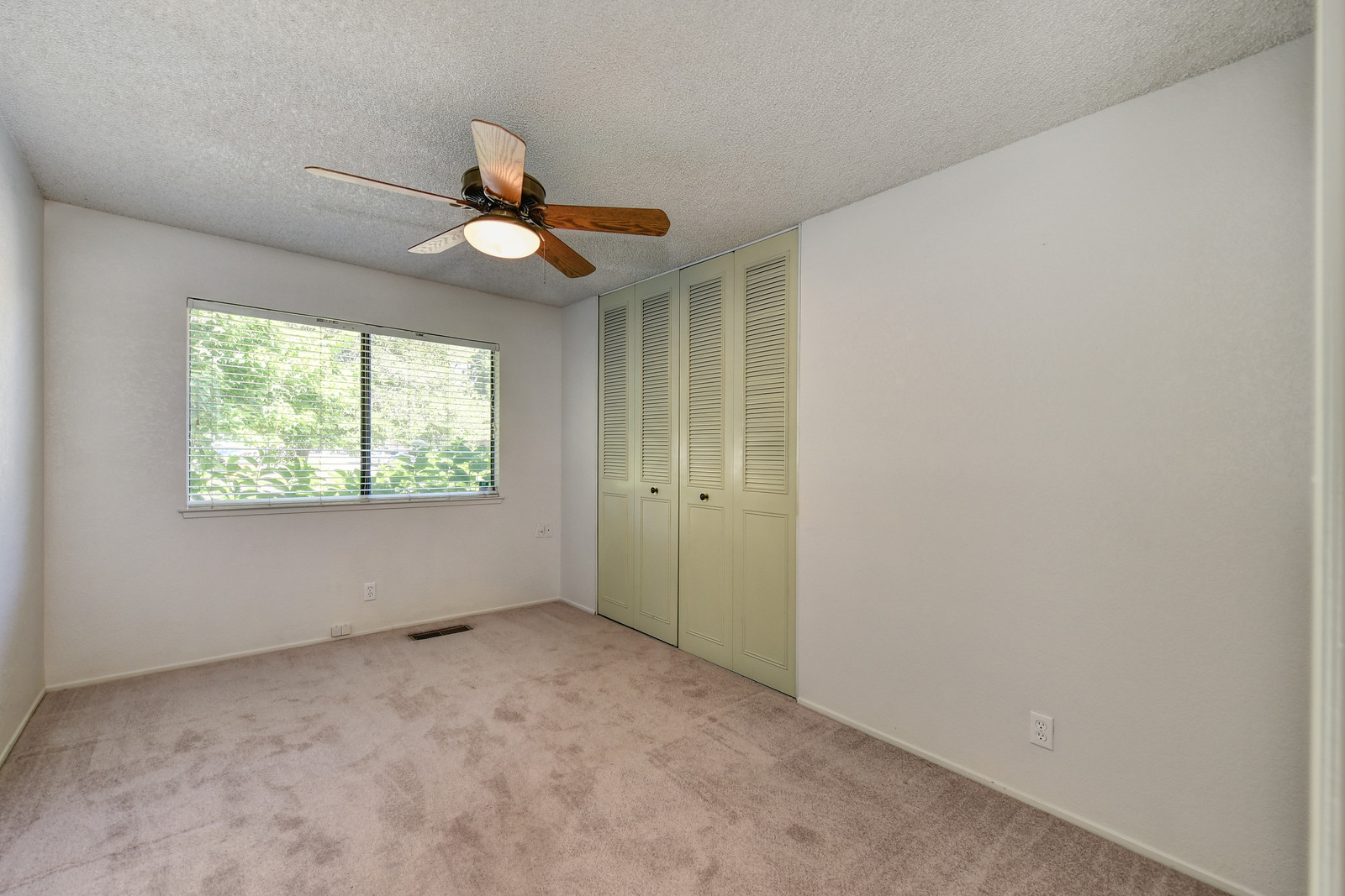 Carmichael California real estate agent Jesse Coffey | 5342 Nyoda Way