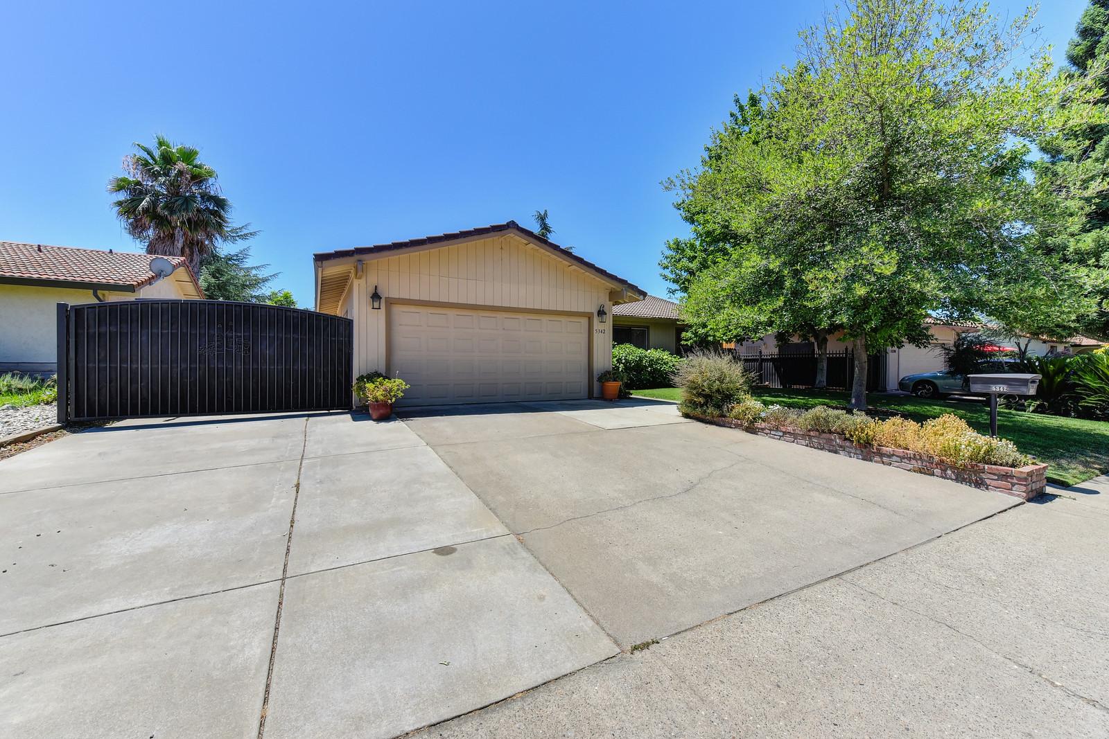 Carmicahel California real estate agent Jesse Coffey