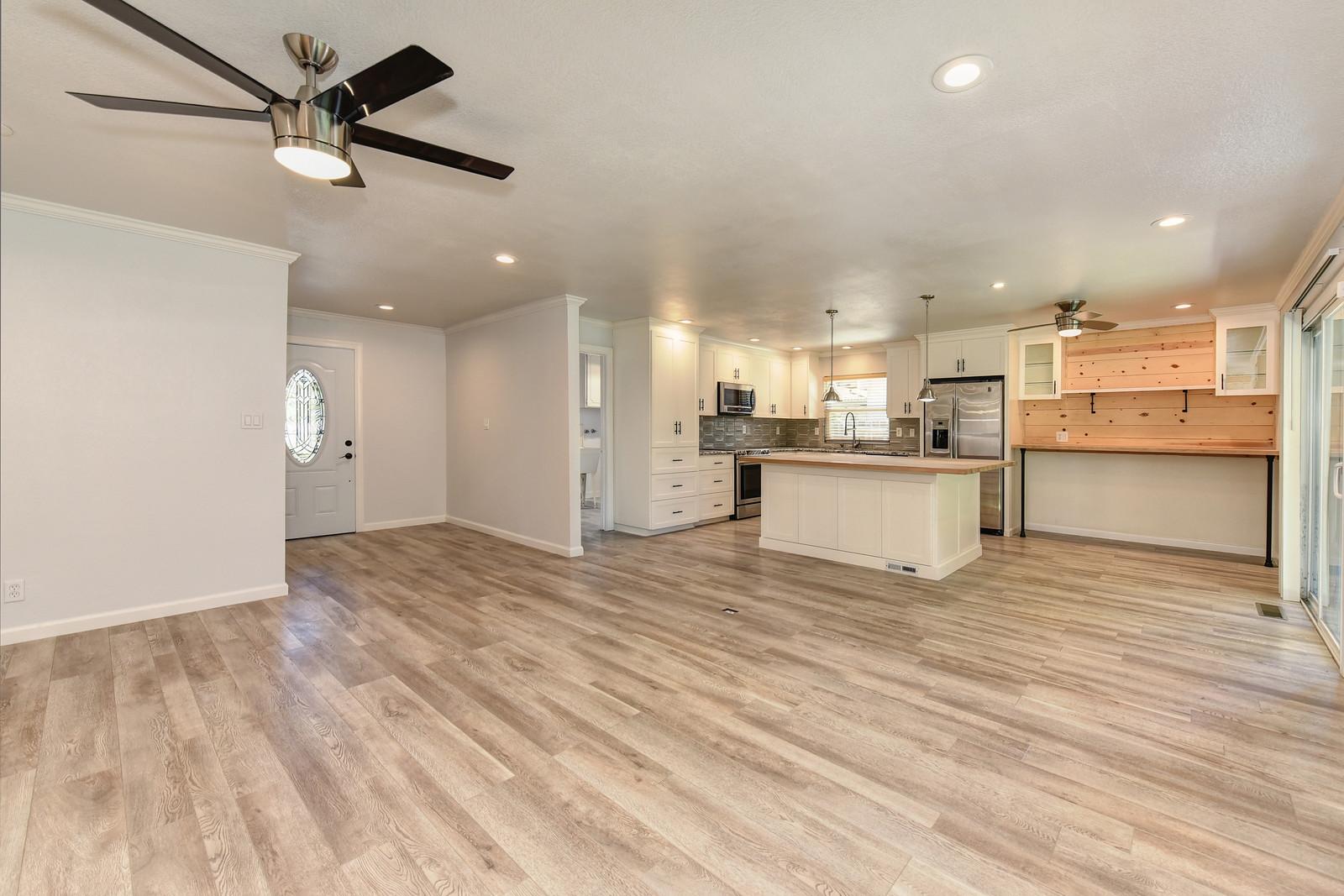 5342 Nyoda Way Living Room | Realtor in Carmichael California