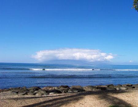 Launiupoko Beach