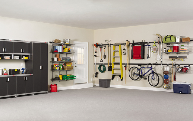 Clean garage for sellers