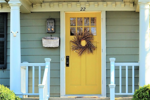 Whittle down options before choosing exterior house-paint colors