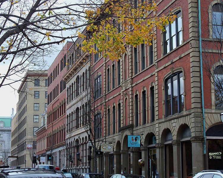 should I live in Downtown Portland?
