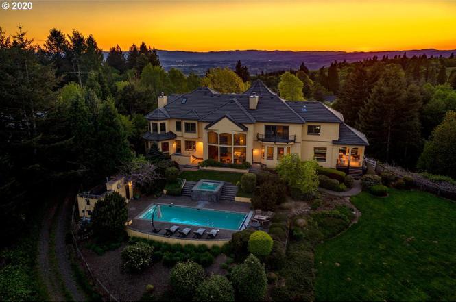 Portland luxury market