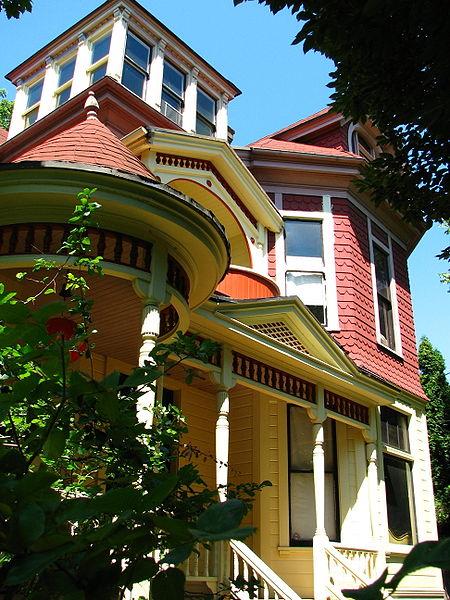 Hawthorne Portland Oregon
