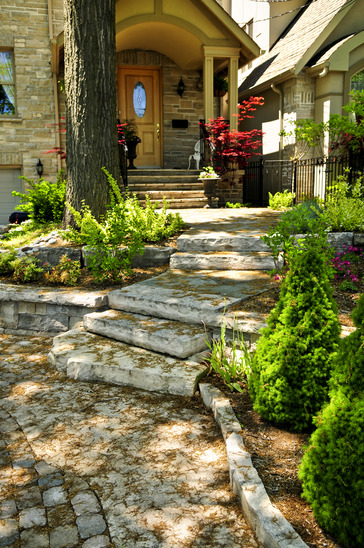 How to add curb appeal to your Portland home in the Summer