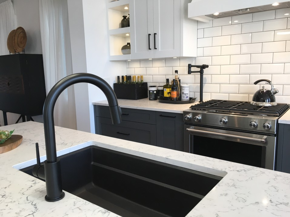 Homemade Cleaners that Remove Film on Granite Counters