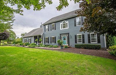 delafield single family home