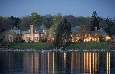 oconomowoc luxury estate