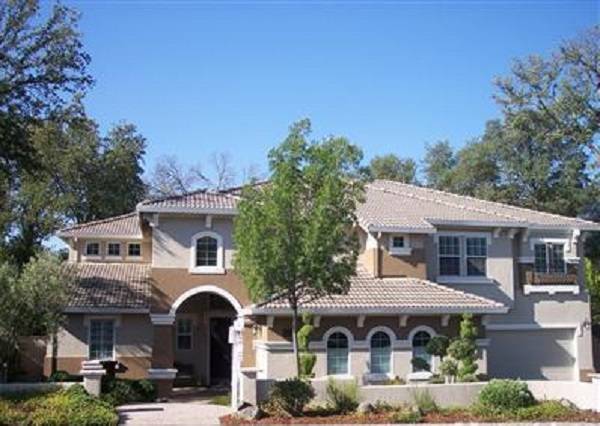 A large Home in Ashley Woods of Granite Bay