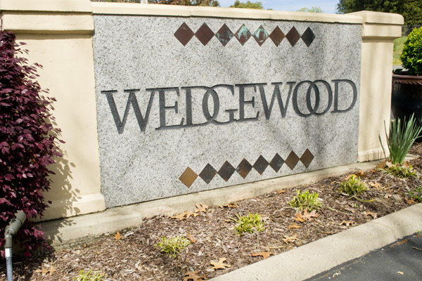 Community Entrance in Wedgewood, Granite Bay