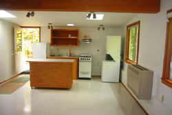 2362 Erie Terrace studio