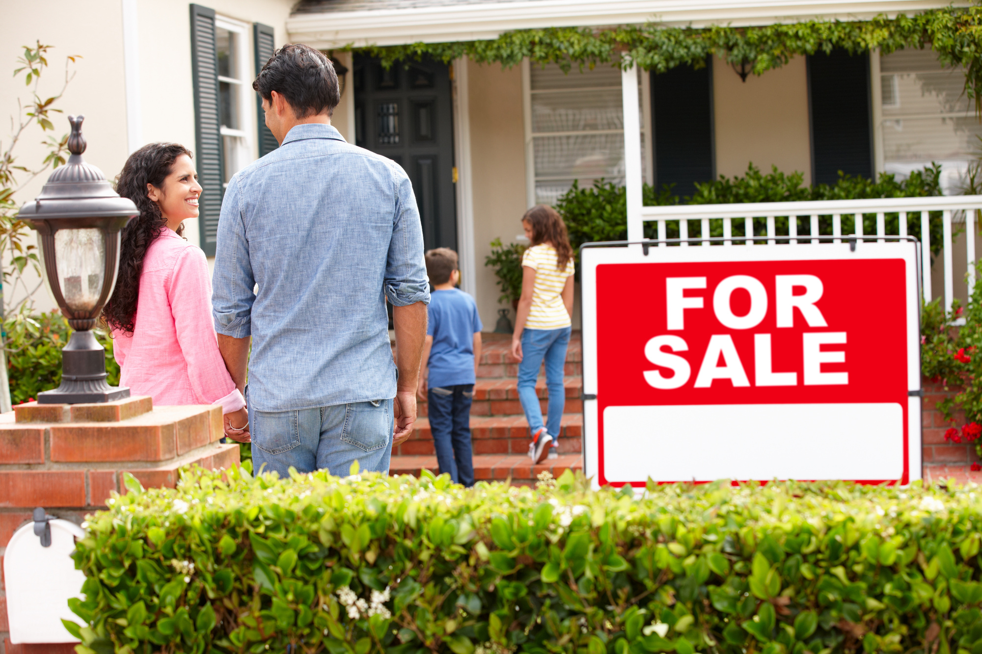 What Makes the Perfect House Listing? Expert Tips for Writing a Listing That Sells
