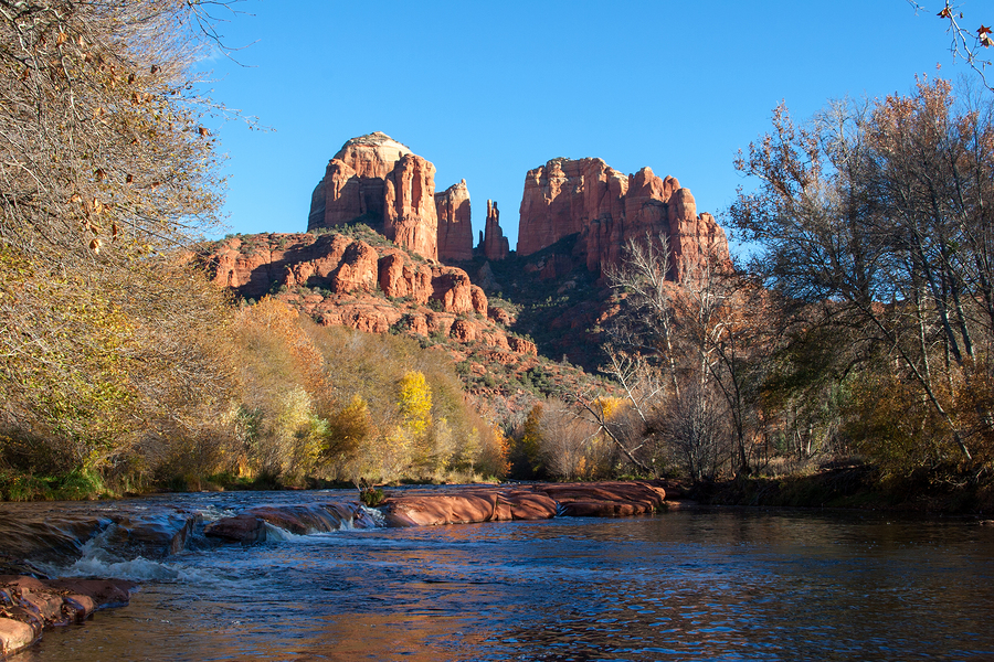 Find tranquility in Sedona waterfront properties.