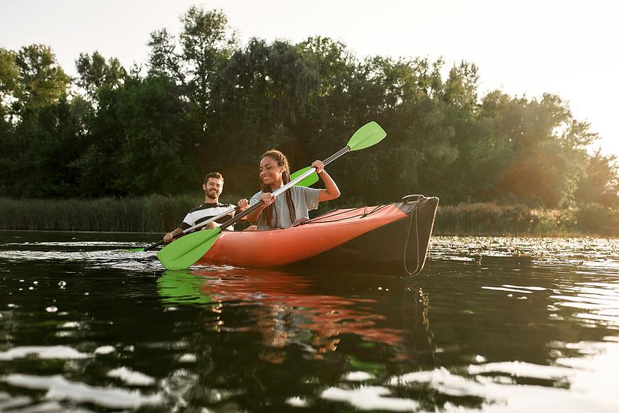 Go kayaking near Cottonwood homes.