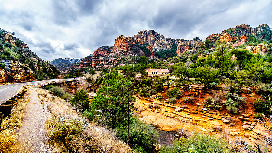 Search beautiful Sedona homes for sale.