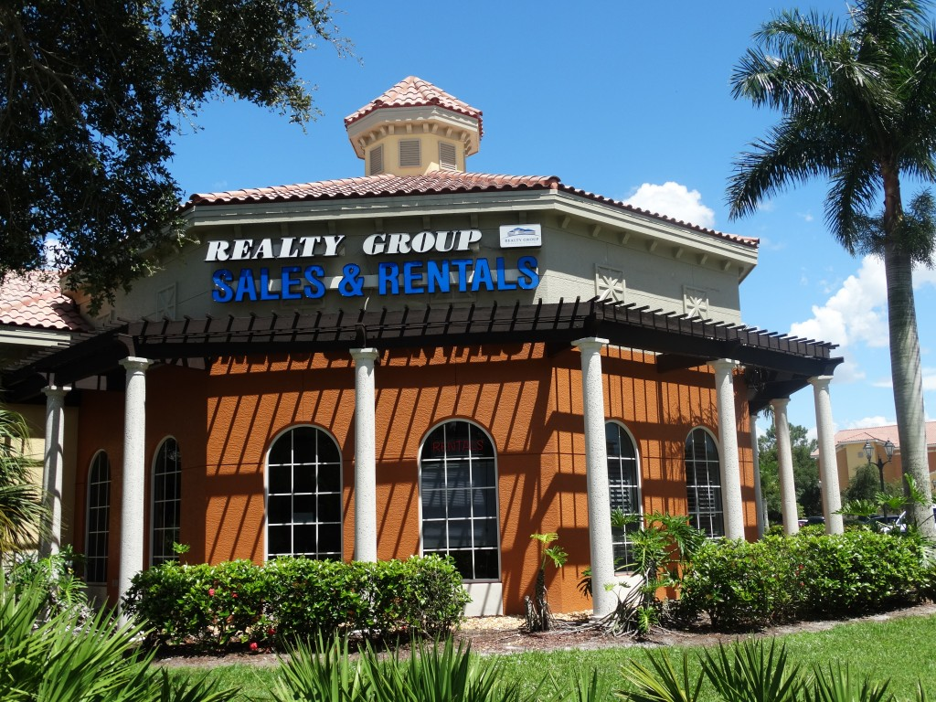 Realty Group Estero