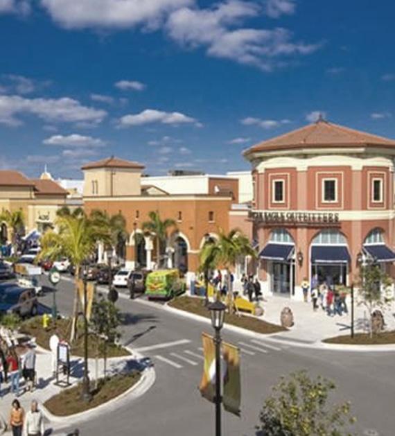 Estero River Market