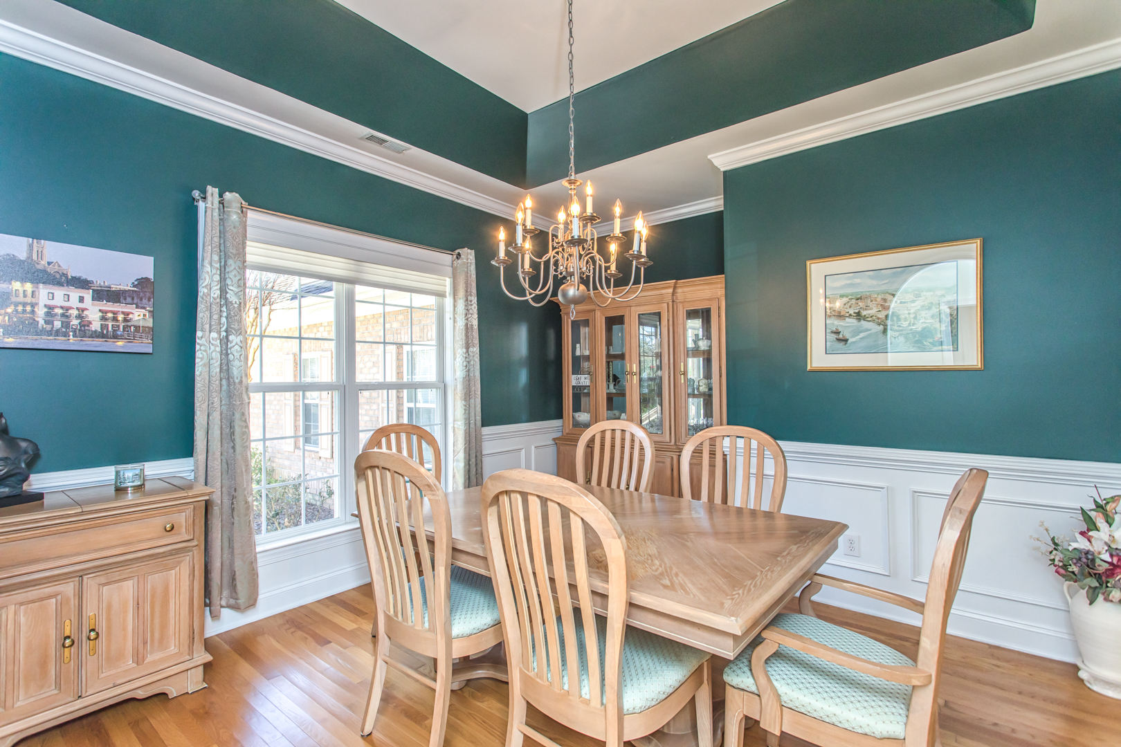Dining Room at 1545 Grandiflora Drive