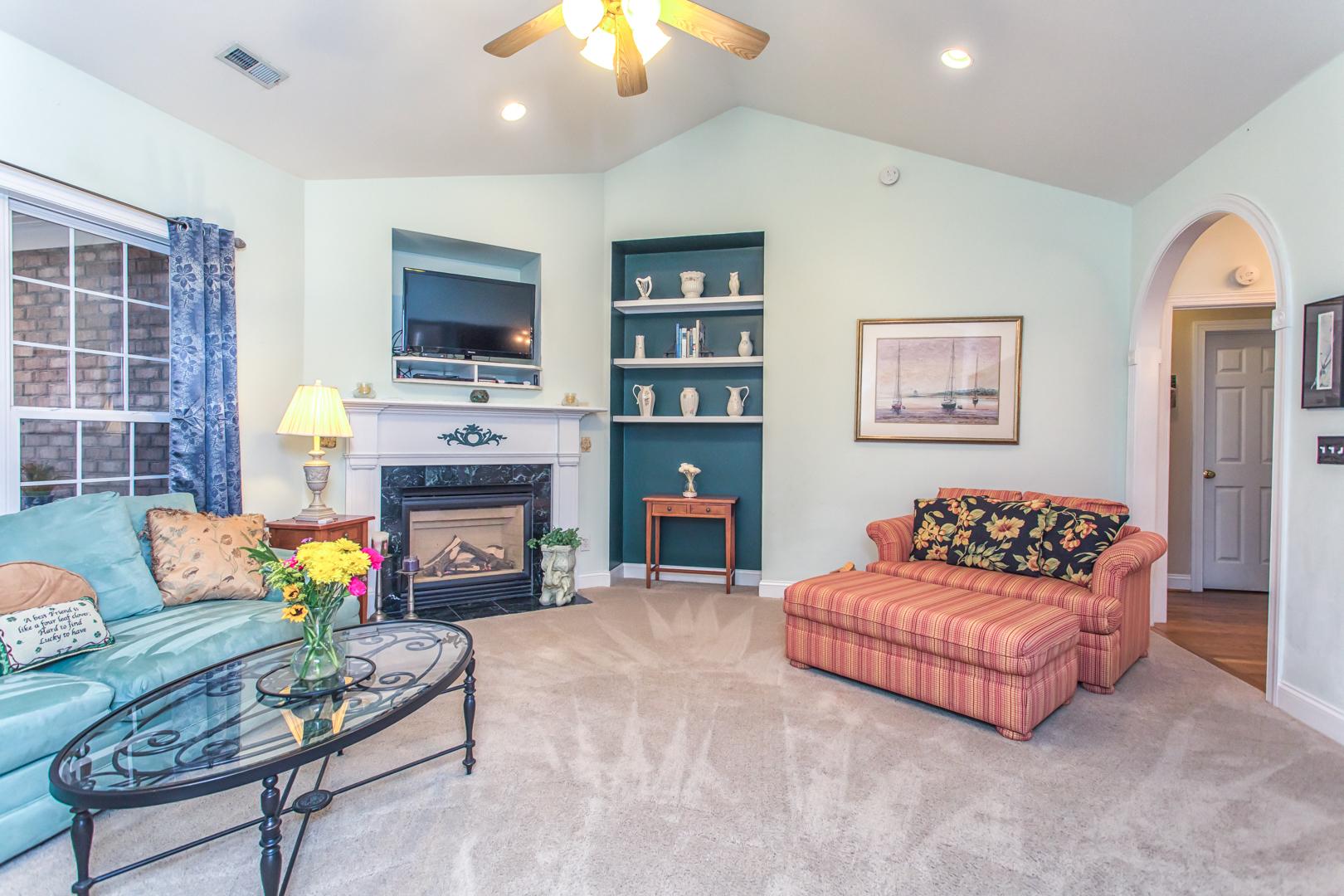 Living Room in 1545 Grandiflora Drive
