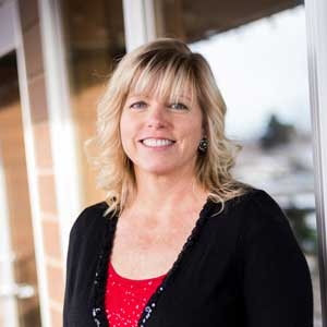 Picture of Carolyn Canning, a East Idaho real estate agent.